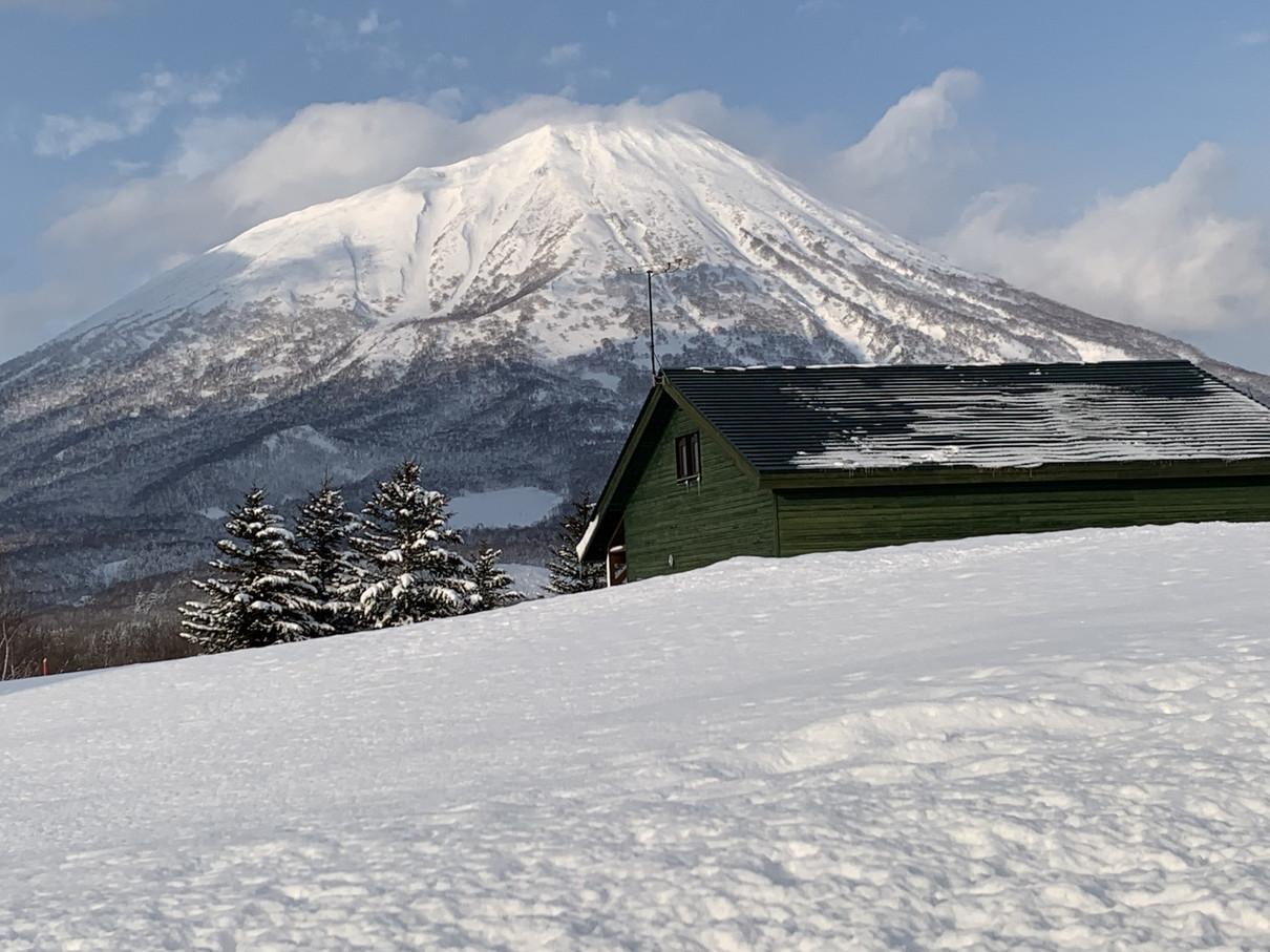 """2019年2月『雪山は呼ぶよ』 February 2019 \""""Hokkaido, Powder Snow Paradice\""""_c0219616_22533216.jpg"""