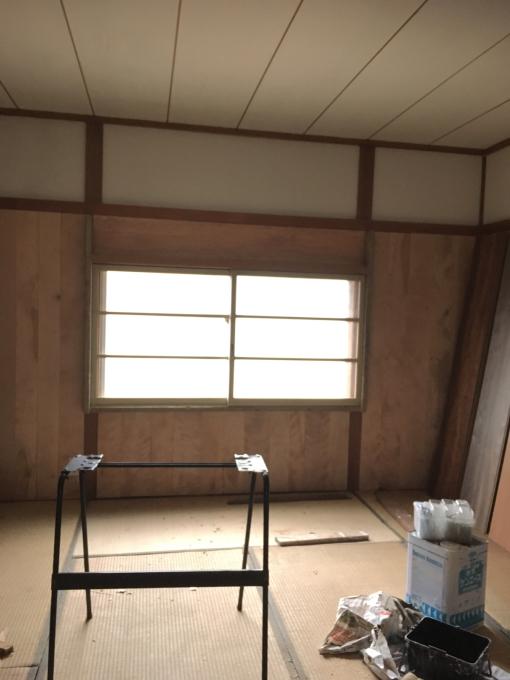 娘の部屋その5。薄いアルミサッシの窓をどうしようか。_f0182246_19320295.jpg
