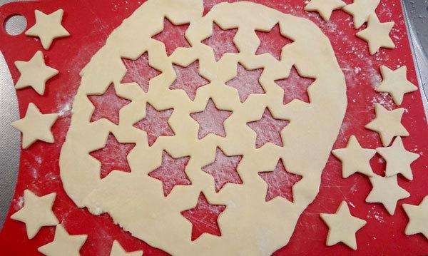 【手作りお菓子】型抜きもようのパイの作り方【クッキー型で模様をつけたよ】_d0272182_17032982.jpg