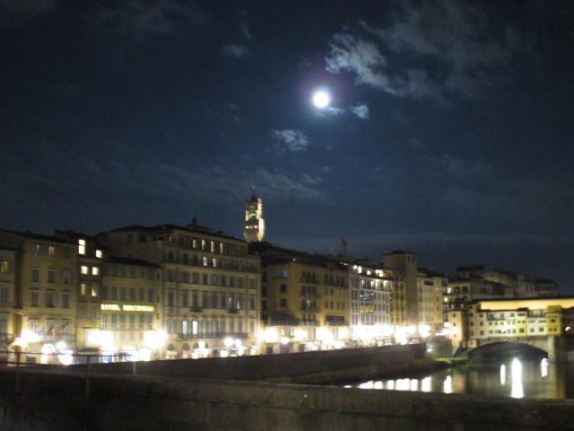 SUPERLUNAの寒い夜_c0179785_06163880.jpg
