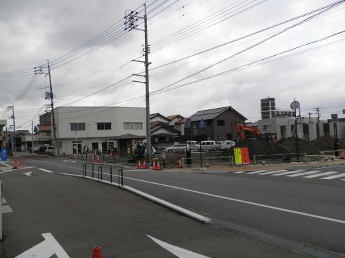 暑さ対策「風通しの良い和紙使用」案も浮上 東京五輪日本選手団の公式服_b0398201_01480216.jpg