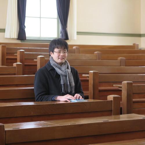 物質化学工学専攻博士前期2年、田中 隆馬君が3人と一緒に重文本館を見学_c0075701_15222427.jpg