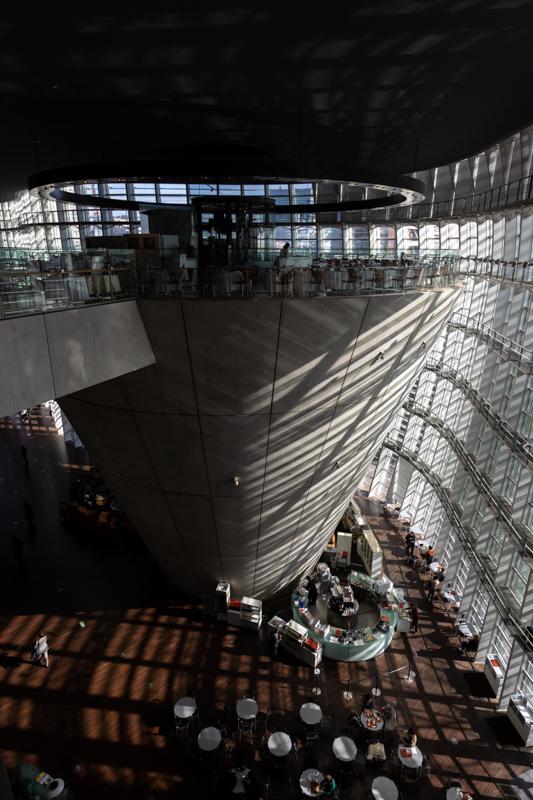 国立新美術館_a0261169_23012811.jpg