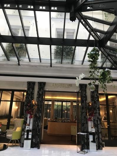 ホテルで朝食を_e0303431_17355599.jpg