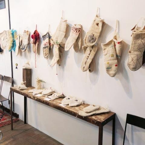 マースーレ村の靴下 + 25人の白い靴下展_d0156336_00083919.jpg