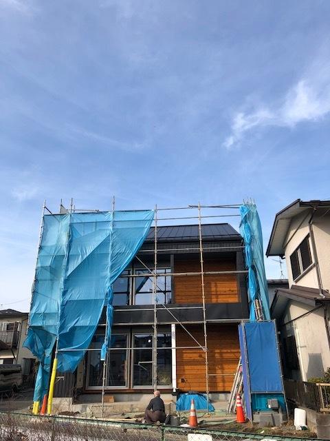 厚木市妻田の家☆建具工事が始まっていました_c0152341_15133375.jpg