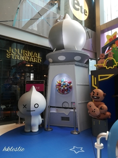 BT21 MEETS The ONE 冬日夢幻漫遊宇宙@The ONE_b0248150_13501320.jpg