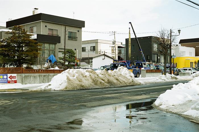 汚れた雪で馬糞風を思い出したことと昨夜の余震_c0182775_17112746.jpg