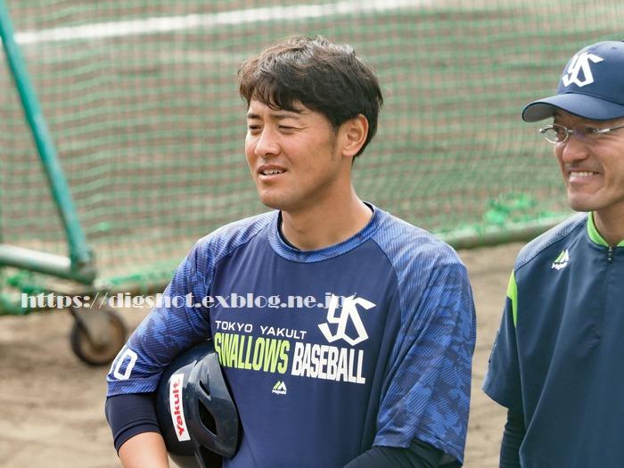 荒木貴裕選手2019沖縄キャンプ(動画2)_e0222575_1574284.jpg