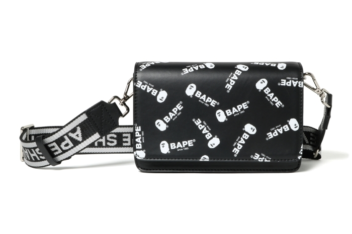 BAPE LOGO SHOULDER BAG_a0174495_15164624.jpg