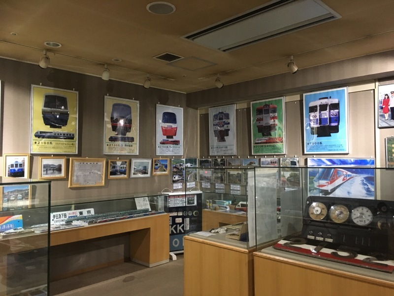 伊豆高原駅にある小さな鉄道資料館『ONE TWO NINE』_d0367998_17290431.jpg