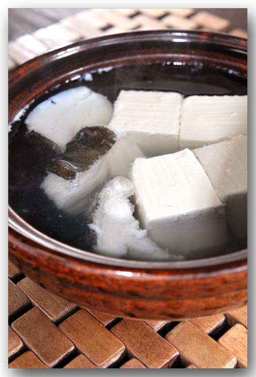 メシ通『魚介を使った簡単レシピ』 ☆ 鱈(たら)と湯豆腐は鉄板!_d0069838_09072713.jpg