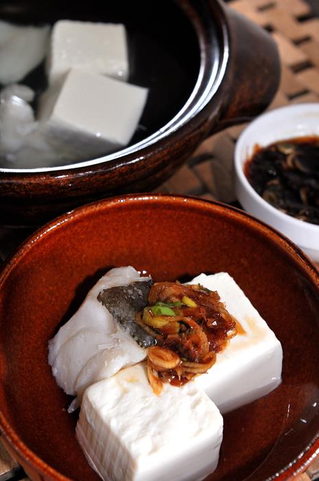 メシ通『魚介を使った簡単レシピ』 ☆ 鱈(たら)と湯豆腐は鉄板!_d0069838_09072989.jpg