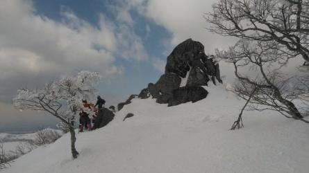 「むさしの山荘」のスノーシュウツアー。_c0160368_19364577.jpg