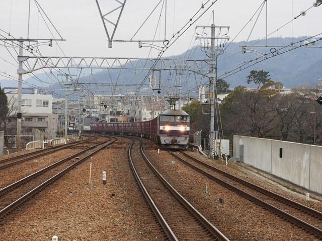 藤田八束の鉄道写真@サントリー山崎工場前で鉄道写真を撮る、山崎カーブは絶景の鉄道写真スポット_d0181492_21562244.jpg