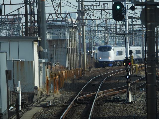 藤田八束の鉄道写真@貨物列車を激写そしてトワイライトを激写、特急サンダーバード・特急はるかのキティちゃん列車_d0181492_21574135.jpg