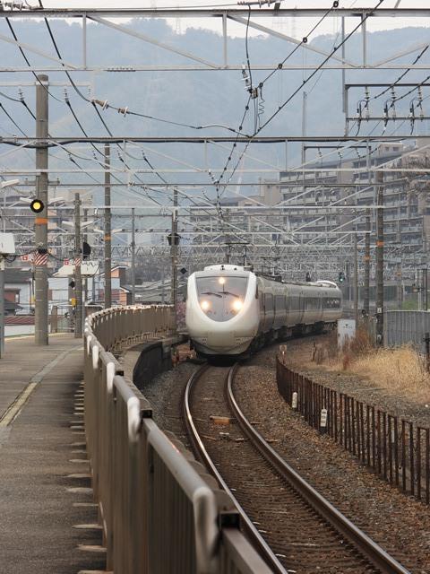 藤田八束の鉄道写真@貨物列車を激写そしてトワイライトを激写、特急サンダーバード・特急はるかのキティちゃん列車_d0181492_21590688.jpg