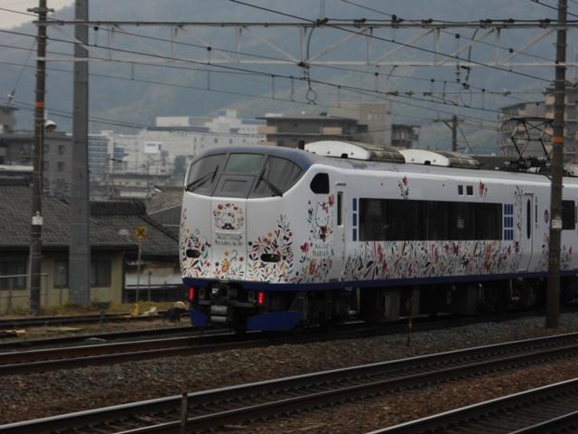 藤田八束の鉄道写真@サントリー山崎工場前で鉄道写真を撮る、山崎カーブは絶景の鉄道写真スポット_d0181492_21592366.jpg