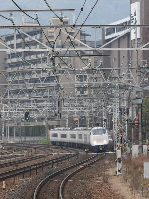 藤田八束の鉄道写真@サントリー山崎工場前で鉄道写真を撮る、山崎カーブは絶景の鉄道写真スポット_d0181492_22000906.jpg
