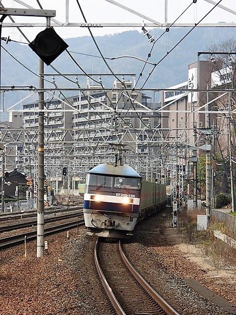藤田八束の鉄道写真@サントリー山崎工場前で鉄道写真を撮る、山崎カーブは絶景の鉄道写真スポット_d0181492_22031666.jpg
