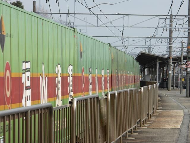 藤田八束の鉄道写真@サントリー山崎工場前で鉄道写真を撮る、山崎カーブは絶景の鉄道写真スポット_d0181492_22033204.jpg