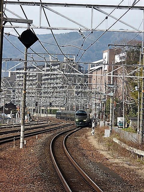 藤田八束の鉄道写真@山崎カーブからのトワイライトエキスプレス「瑞風」を激写、特急「はるか」はキティちゃんラップ_d0181492_22055263.jpg