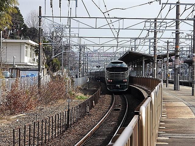 藤田八束の鉄道写真@山崎カーブからのトワイライトエキスプレス「瑞風」を激写、特急「はるか」はキティちゃんラップ_d0181492_22063818.jpg