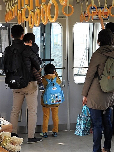 藤田八束の鉄道写真@貨物列車を激写そしてトワイライトを激写、特急サンダーバード・特急はるかのキティちゃん列車_d0181492_22071792.jpg
