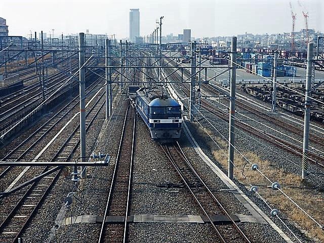 藤田八束の鉄道写真@サントリー山崎工場前で鉄道写真を撮る、山崎カーブは絶景の鉄道写真スポット_d0181492_22072646.jpg