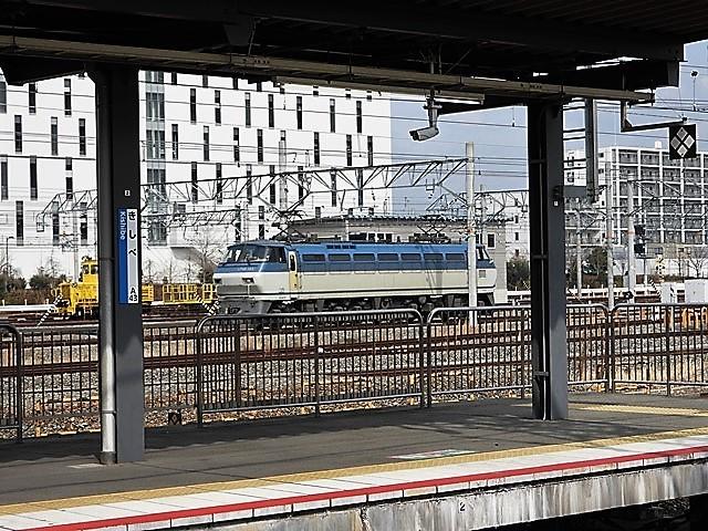 藤田八束の鉄道写真@サントリー山崎工場前で鉄道写真を撮る、山崎カーブは絶景の鉄道写真スポット_d0181492_22083564.jpg