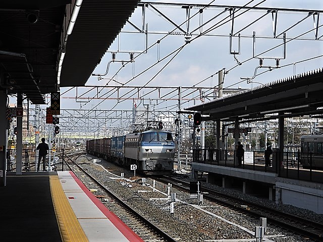 藤田八束の鉄道写真@貨物列車を激写そしてトワイライトを激写、特急サンダーバード・特急はるかのキティちゃん列車_d0181492_22113331.jpg