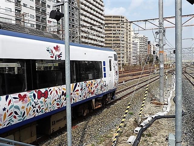 藤田八束の鉄道写真@山崎カーブからのトワイライトエキスプレス「瑞風」を激写、特急「はるか」はキティちゃんラップ_d0181492_22124156.jpg