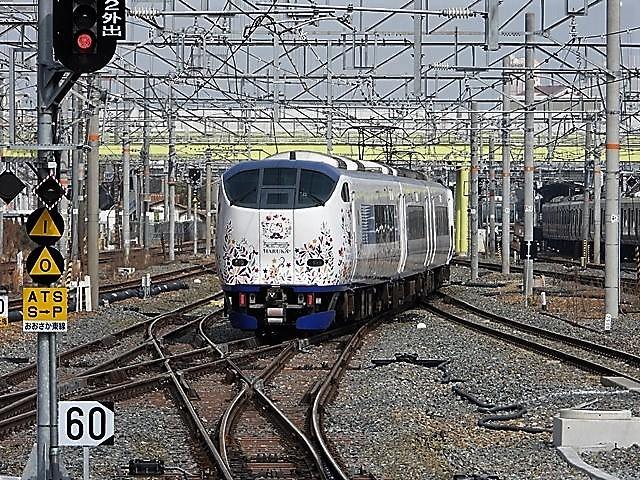 藤田八束の鉄道写真@サントリー山崎工場前で鉄道写真を撮る、山崎カーブは絶景の鉄道写真スポット_d0181492_22125089.jpg