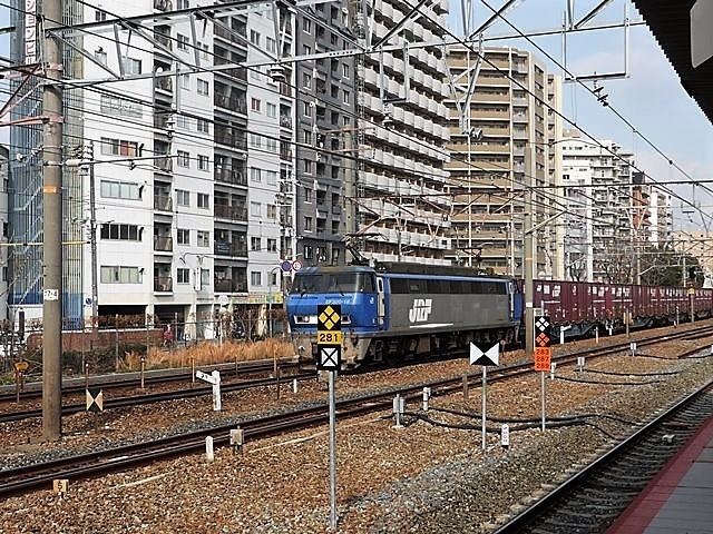 藤田八束の鉄道写真@サントリー山崎工場前で鉄道写真を撮る、山崎カーブは絶景の鉄道写真スポット_d0181492_22154980.jpg