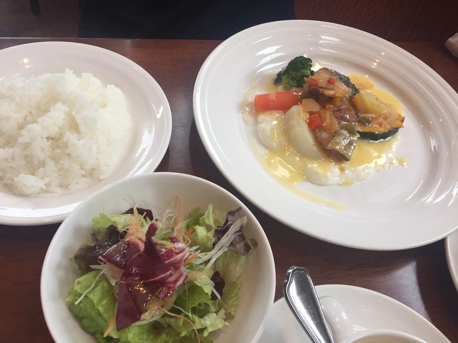 洋風食堂 kozy\'s kitchen ランチ_e0115904_16330105.jpg
