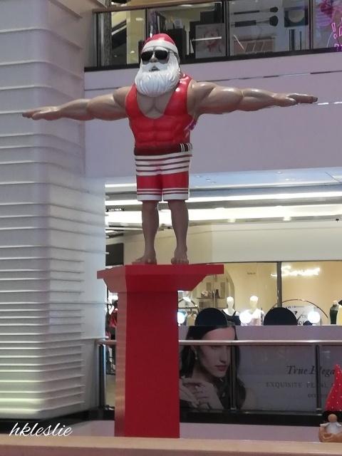 OMG!Santa is HOT@美麗華廣埸_b0248150_05195773.jpg