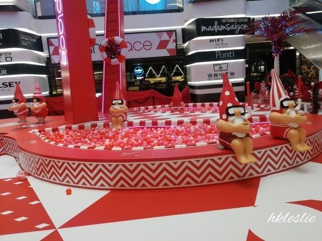 OMG!Santa is HOT@美麗華廣埸_b0248150_05224066.jpg