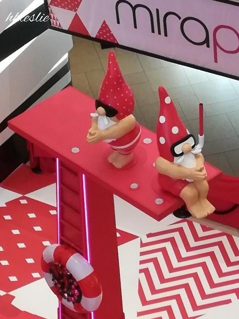 OMG!Santa is HOT@美麗華廣埸_b0248150_05301216.jpg