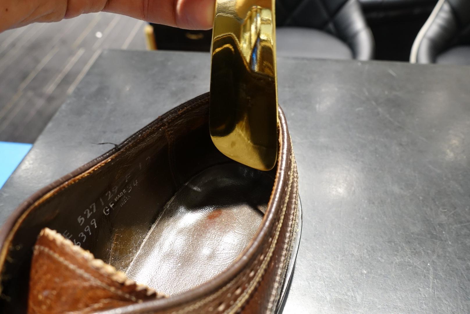 靴べらで靴が傷む?_f0374162_18074857.jpg