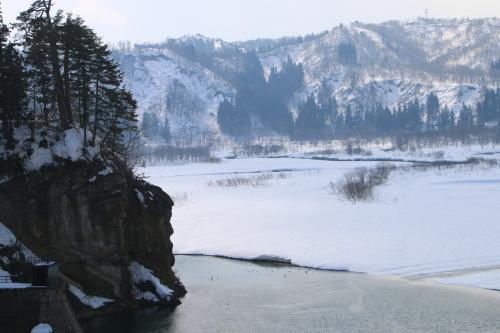 恋人の聖地・白川ダム湖畔の十四郷橋からの景色、2019.2.23_c0075701_18381770.jpg