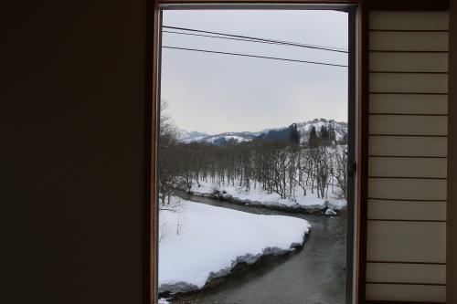恋人の聖地・白川ダム湖畔の温泉宿・いいで白川荘の客室からの風景、2019.2.24_c0075701_18501478.jpg