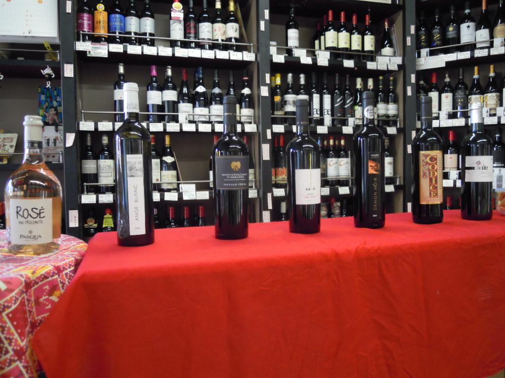 第4回チョイ飲み・わいわいワイン会も盛況になりました!_f0055803_12471223.jpg