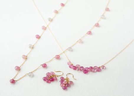 春の新作。優しいピンクサファイアジュエリー。_c0221922_18431175.jpg