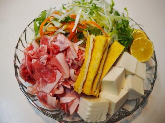 千切り野菜鍋_a0258686_06433044.jpg