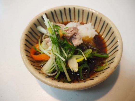 千切り野菜鍋_a0258686_06452373.jpg