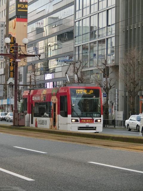 藤田八束の路面電車と観光、鹿児島の路面電車は面白く歴史感があるそして観光事業に貢献、神戸の街に路面電車が欲しい_d0181492_08220575.jpg