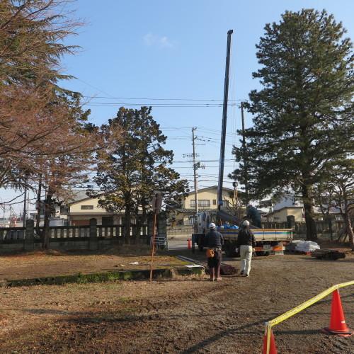 工学部正門塀の解体工事用フェンス(重文本館側)の組み立て 2016.2.27_c0075701_08482226.jpg
