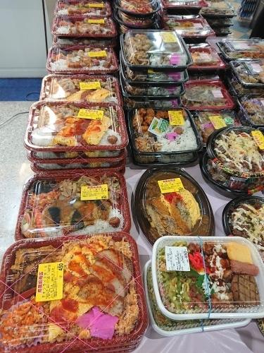 那覇空港の美味しいお弁当、コンビニシャロン♪_c0100865_22582282.jpg