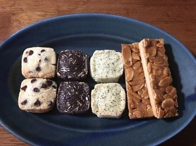 ビーフカツサンドとクッキー3種♪_f0231189_23150569.jpg