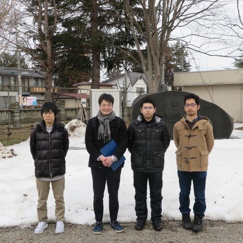物質化学工学専攻博士前期2年、田中 隆馬君が3人と一緒に重文本館を見学_c0075701_20555107.jpg